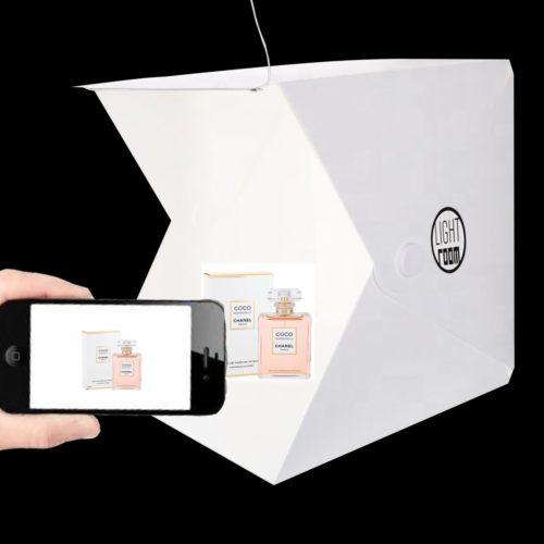 Mini photography light tent kit. Skulle du inte älska att ta varje foto i en perfekt upplyst studio? Med FLASH FOCUS LightRoom kan du ta perfekta bilder oavsett var du är!