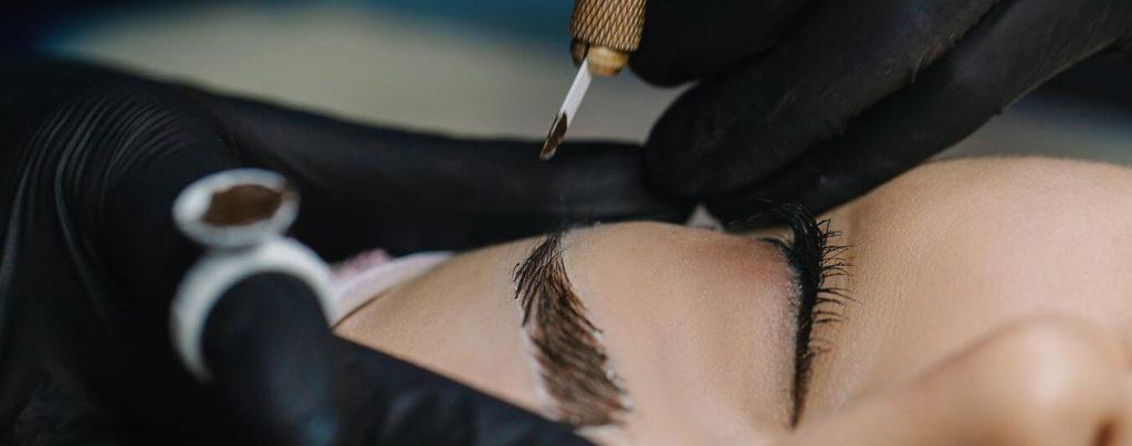 Vad är microblading 3d ögonbryn